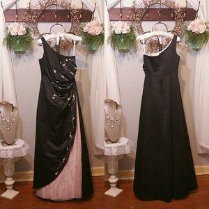 Davids bridal F31349 gown\ (size 4)